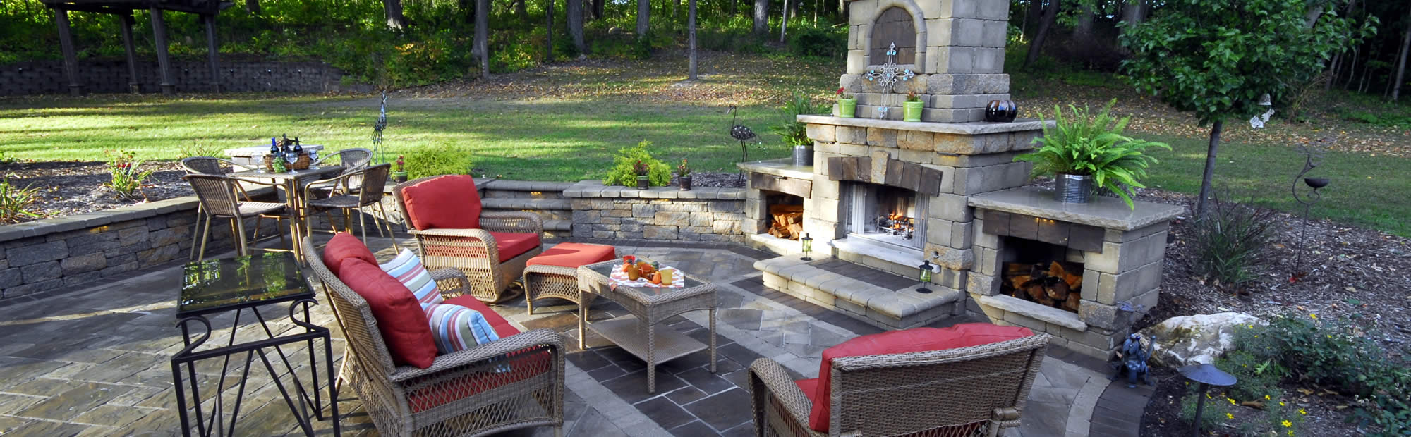 Outdoor Fireplace Installation / Seat-Retaining Walls